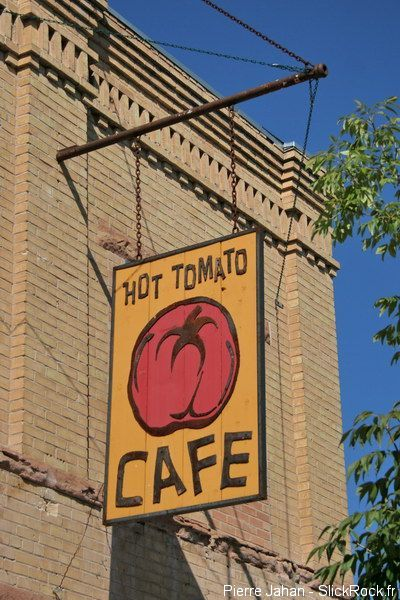 Hot Tomato Cafe